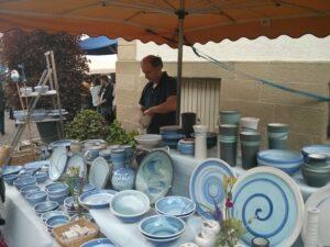 Thomas Neumaier beim Verkauf auf einem Markt